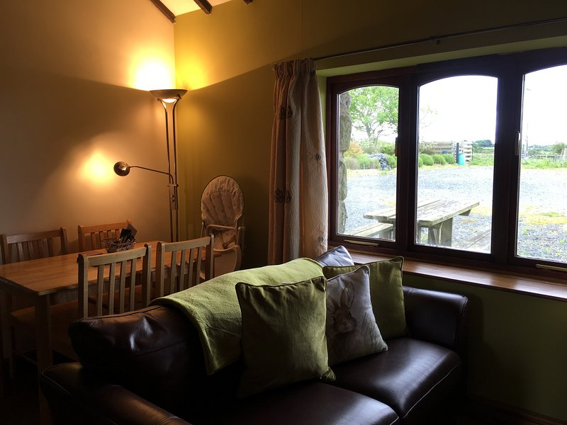 ROBIN (Brongoch), holiday rental in Dwyran