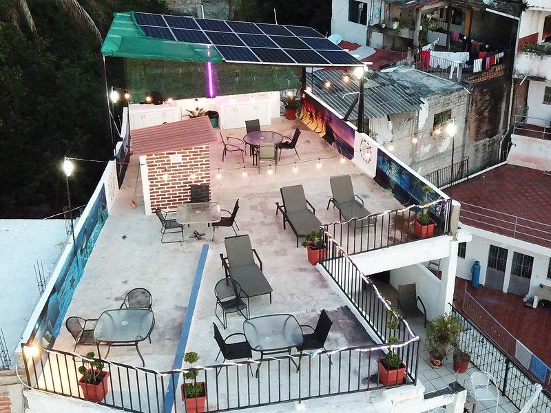 PV Sunset Inn Apt #3, vacation rental in Puerto Vallarta