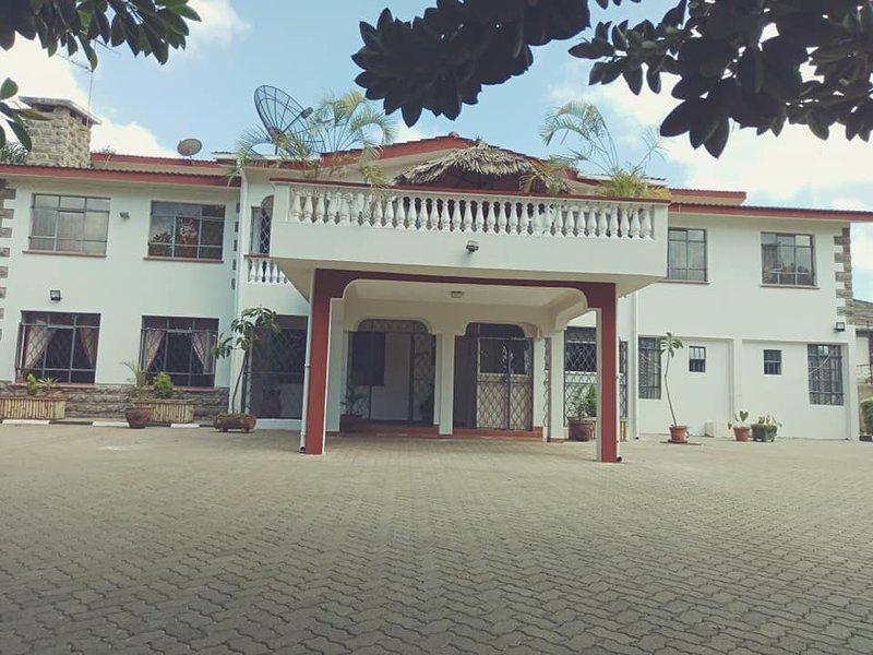 Bonsai Villa- Private Executive Suite, vacation rental in Kiambu