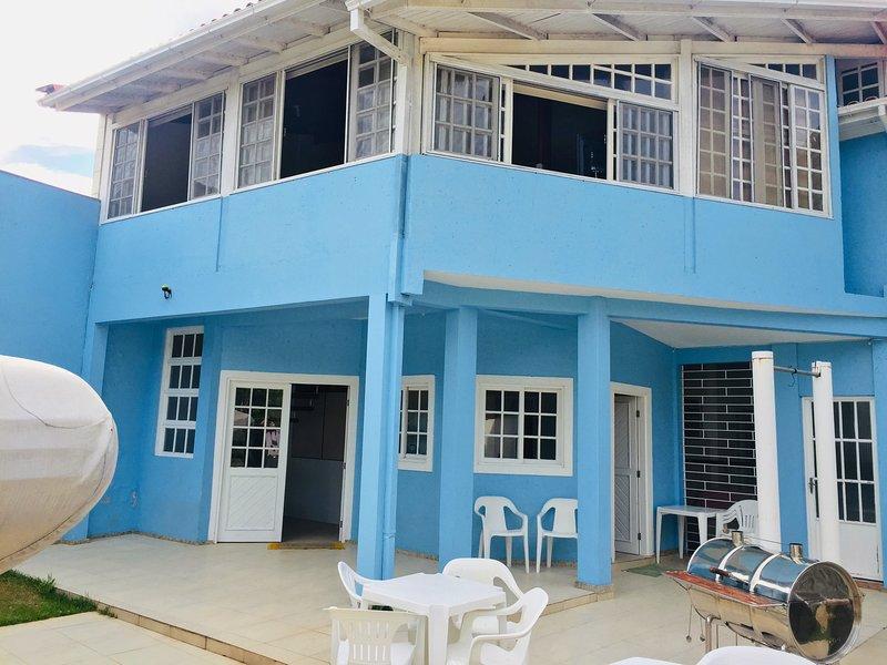 Casa da Lipa Loft com Terraço, holiday rental in Barra da Lagoa