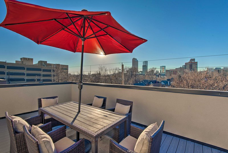 NEW! Denver Townhome-Walk To City Park & Downtown UPDATED