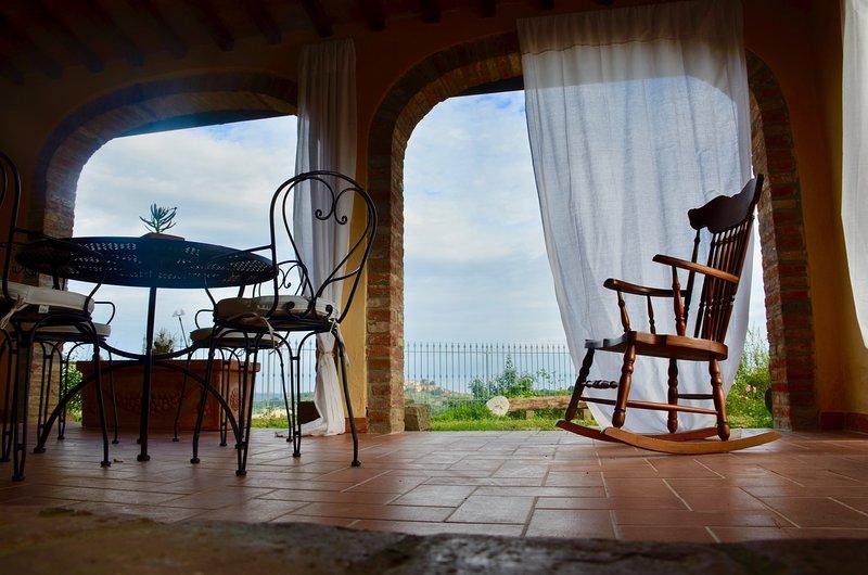 CASA VACANZE MAGNOLIA  - TERRA, vacation rental in Terricciola