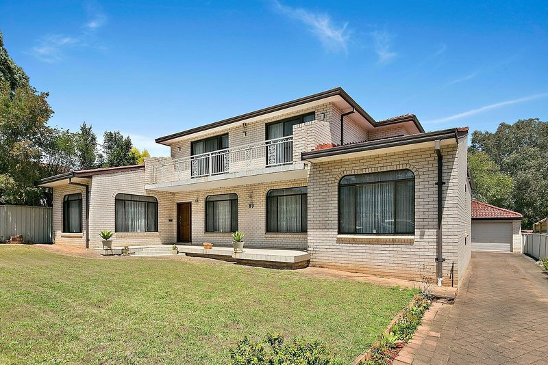 Huge and quiet Penshurst Home, casa vacanza a Casula