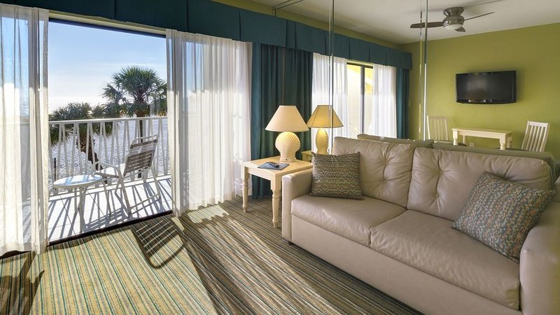 Relax while listening to the soothing sounds of the Gulf of Mexico.