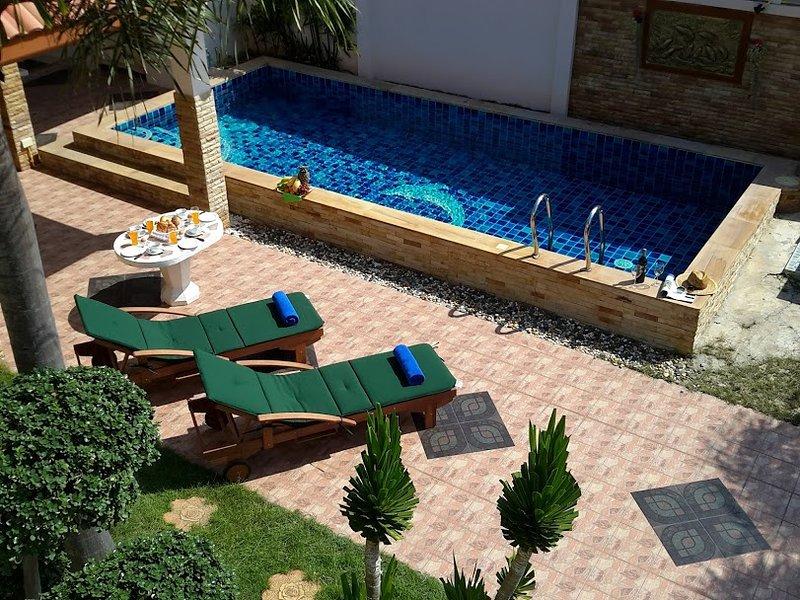 Amazing Pool Villas Pattaya Center Walking street, alquiler vacacional en Saen Suk