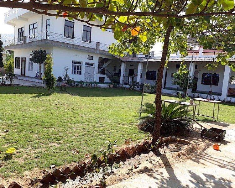 Spiritual, Yoga and Meditation Retreat, holiday rental in Ajmer District