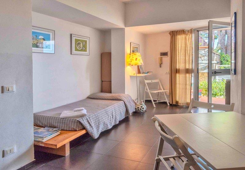 Casa Rossa - Appartamento Cedro, holiday rental in Pioppo