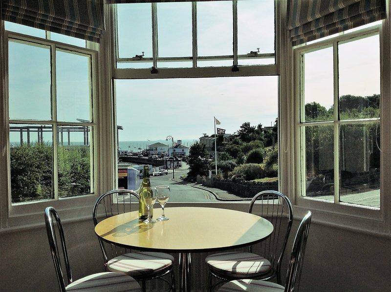 Sala de estar - vista da janela de sacada
