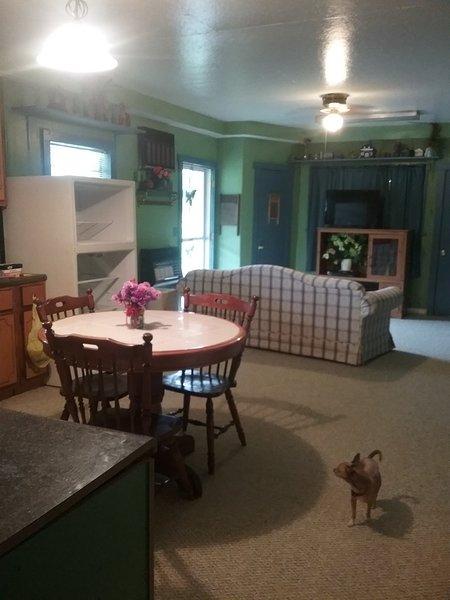 BIG Sandy, Paris, Camden Vacation Rental, casa vacanza a Springville