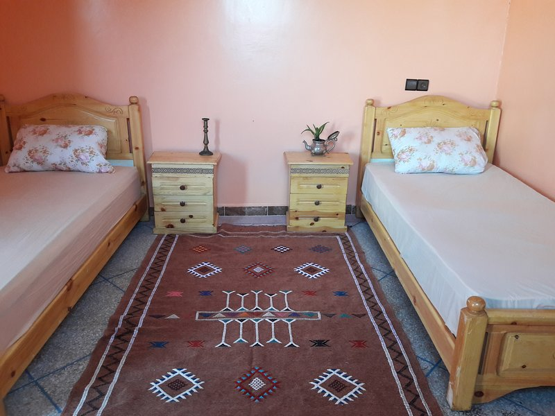 Wave & Garden Eco Surf -Room 5-Twin Room, holiday rental in Imsouane