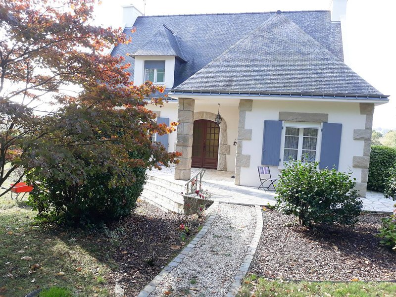 A lovely 1 bed Gite set in beautiful Southern Brittany countryside!, holiday rental in Loudeac