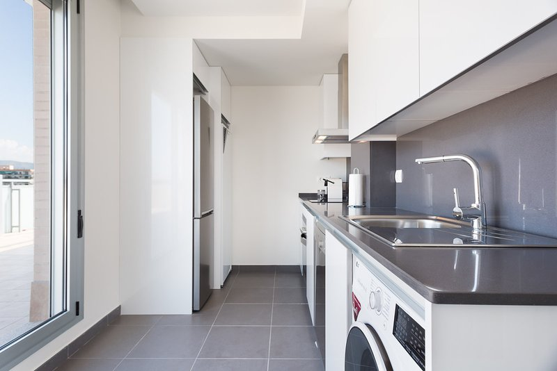 Olala Port Forum Apartment 1.3 (115), holiday rental in Sant Adria de Besos