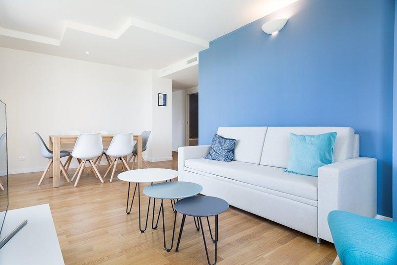 Olala Port Forum Apartment 4.3, holiday rental in Sant Adria de Besos