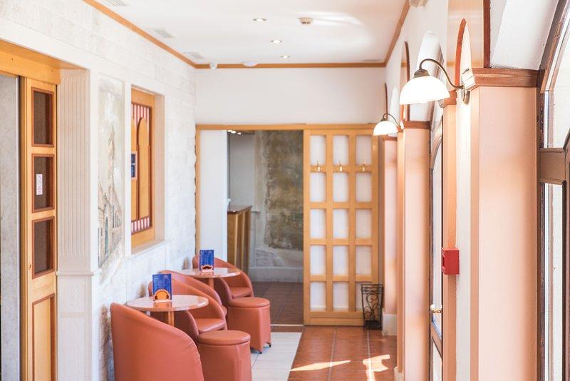 Hotel Krilo, vacation rental in Krilo Jesenice