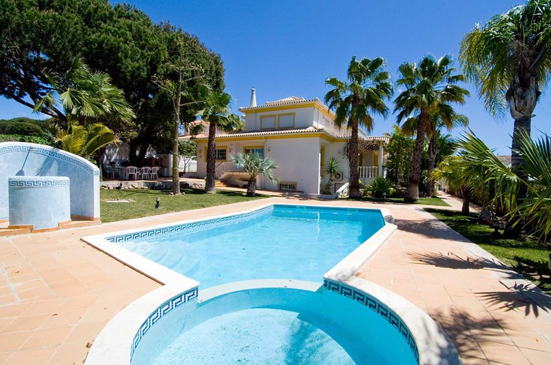 Villa silva updated 2019 holiday home in vilamoura - Summer house with swimming pool review ...