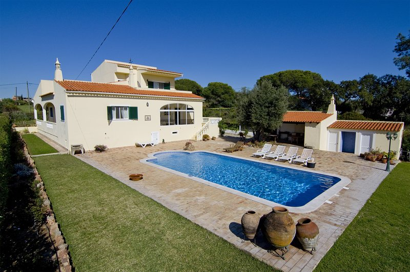 Villa Yann, holiday rental in Loule