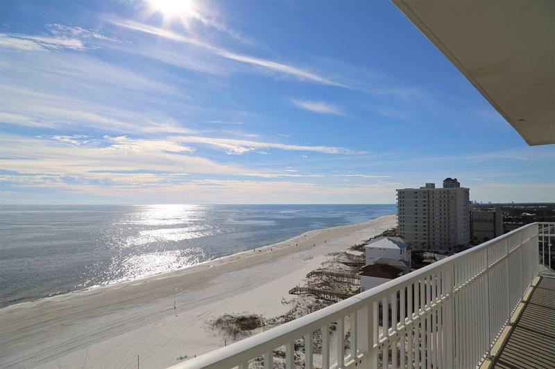 Rilassanti panorami pomeridiani dal vostro balcone privato.