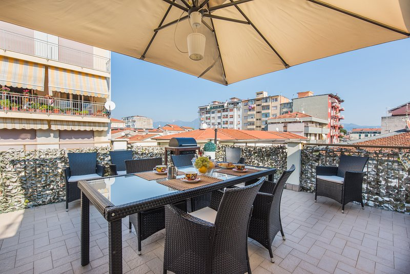 Elly's Terrace, vacation rental in Viareggio