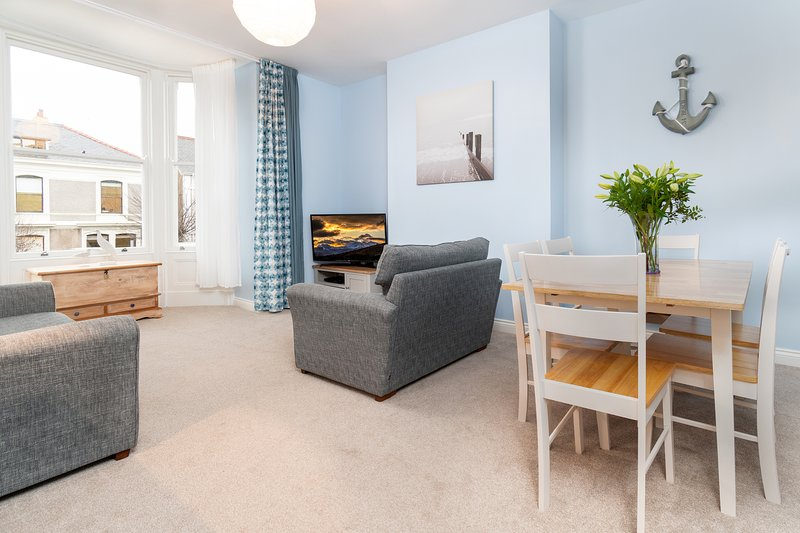 Trinity View - Luxury Boutique Holiday Apartment, vakantiewoning in Llandudno