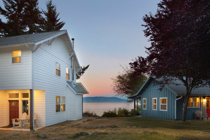 Peapod Cottages