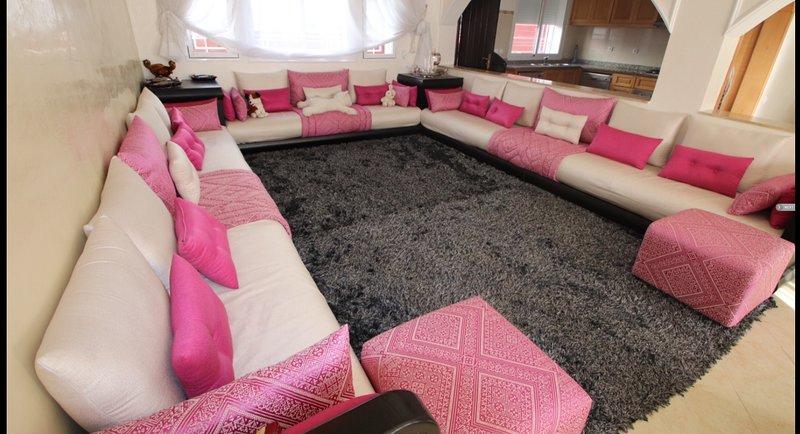 Superbe villa meublée, holiday rental in Tangier