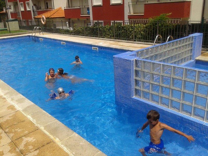 Cerca de la playa y de la monataña,con piscina, apartamento de 2 habitaciones,, casa vacanza a Regules