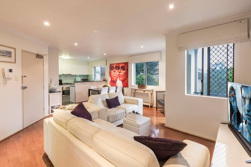 Coogee Beach With AC Close To Beach And City, holiday rental in Randwick