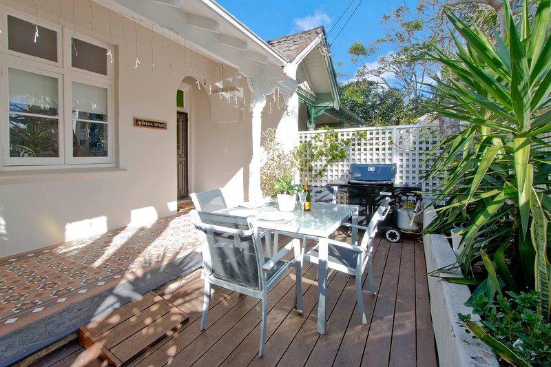 Manly Beachside 2 Bedroom House, location de vacances à Manly Vale