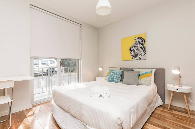 Modern Studio Close to Sydney Uni and Hospital, holiday rental in Stanmore