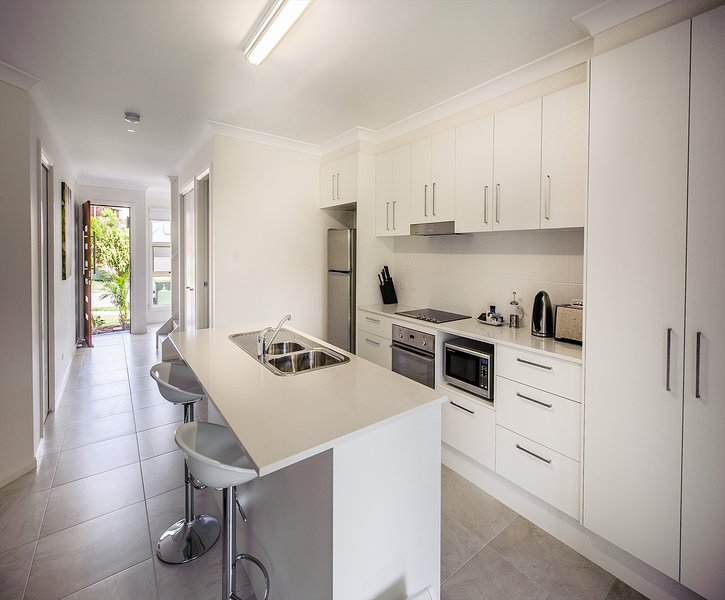 Executive Townhouse - Fully Equipped Kitchen