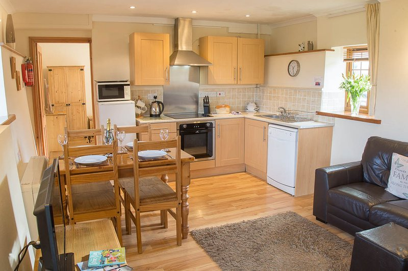 Elidir Cottage Anglesey, holiday rental in Dwyran