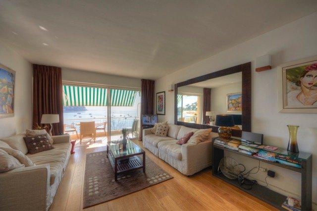 Le Neptune - de Luxe apartment with a view !, location de vacances à Villefranche-sur-Mer