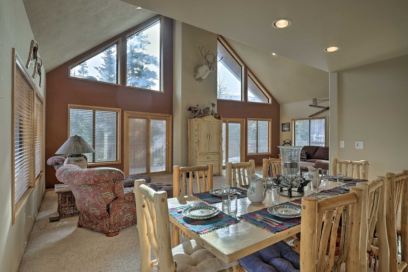 Ski-In/Ski-Out Home Next to Brian Head Resort, holiday rental in Summit