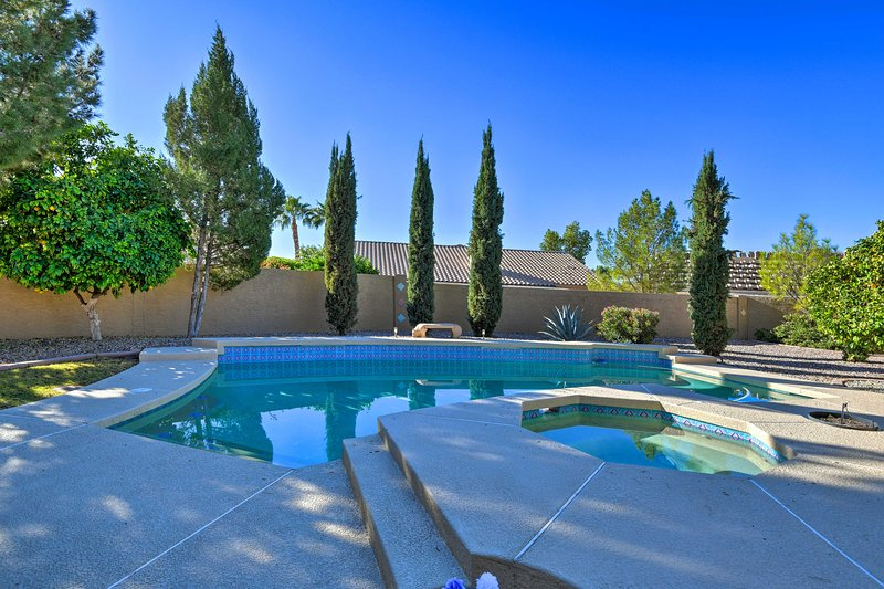 Experimenta Arizona desde esta casa de vacaciones de 2 dormitorios y 2 baños en Peoria.