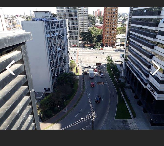 Studio Alto Padrão Próximo ao Shopping Muller e Fórum Cível com Ar Split e Wi-Fi, casa vacanza a Curitiba
