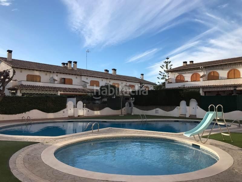 Wonderful Beach House with 2 Pools, aluguéis de temporada em Calafell