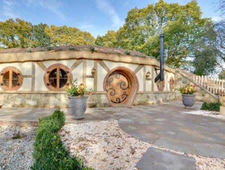 Hobbit House in Oastbrook Vineyard, location de vacances à Burwash