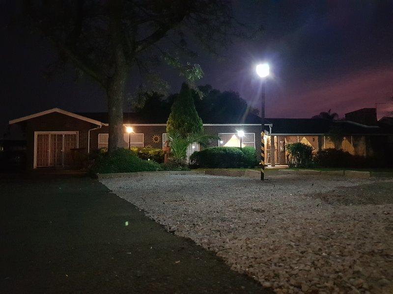 Embrace Guesthouse Room 2, aluguéis de temporada em Henley on Klip