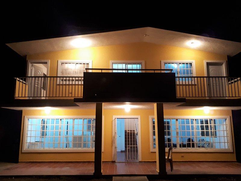 La Villa Guyacanes