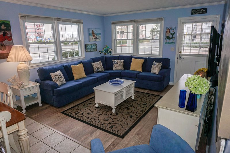 30th St Great Location 400 Feet To The Beach Has Cable Satellite Tv
