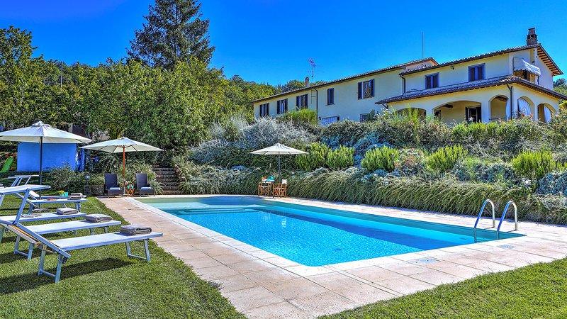 CASALE LE CONCE 6+2, Emma Villas Exclusive, holiday rental in Bagnore