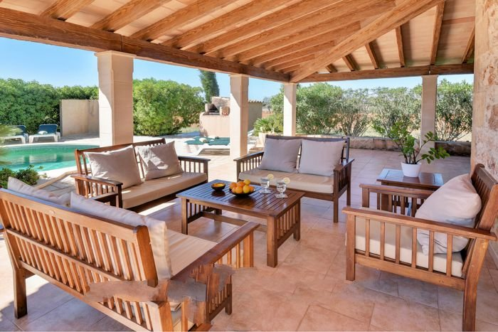 es Llombards Farmhouse Sleeps 6 with Air Con and WiFi - 5717717, vacation rental in Es Llombards