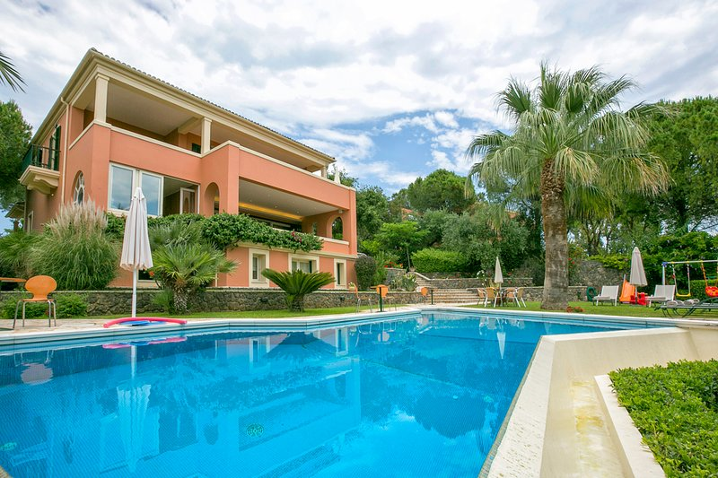 5 bedroom Villa with Pool, Air Con and WiFi - 5721662, holiday rental in Limni
