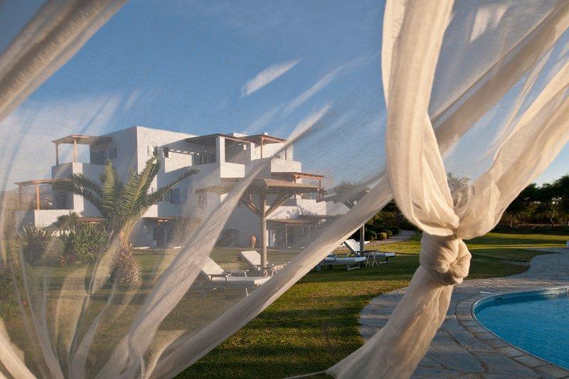Ammos Naxos Exclusive Apartments, alquiler vacacional en Ciudad de Naxos