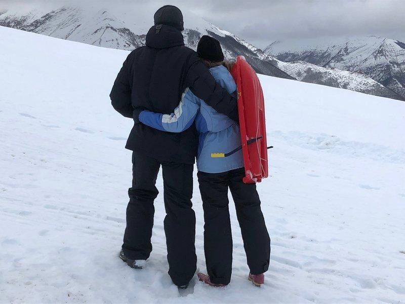 Sports d'hiver, ski, snowboard, luge.
