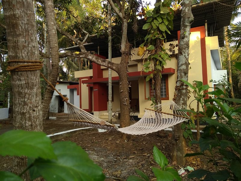 Prashant - A tranquil house in a village in Thalassery, holiday rental in Kannur District