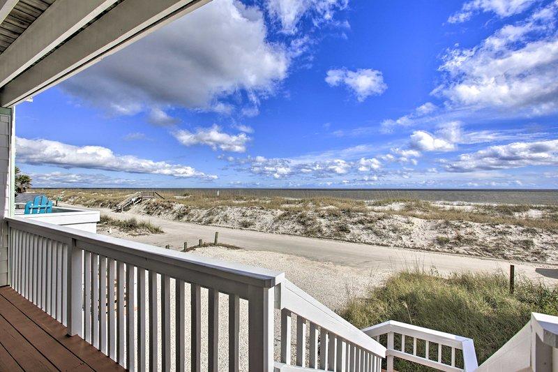 Fernandina Beach Townhome - Walk to Ocean!, holiday rental in Fernandina Beach