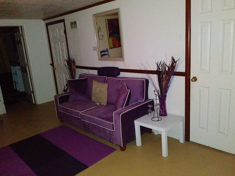 Your home away from home, vacation rental in Alton