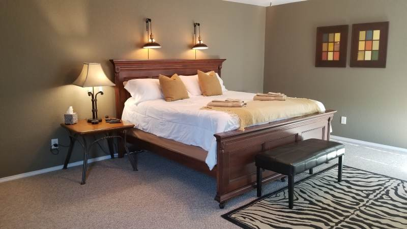 King Bed Master Suite with attached bath for that 'Spa Experience' you've been waiting for.