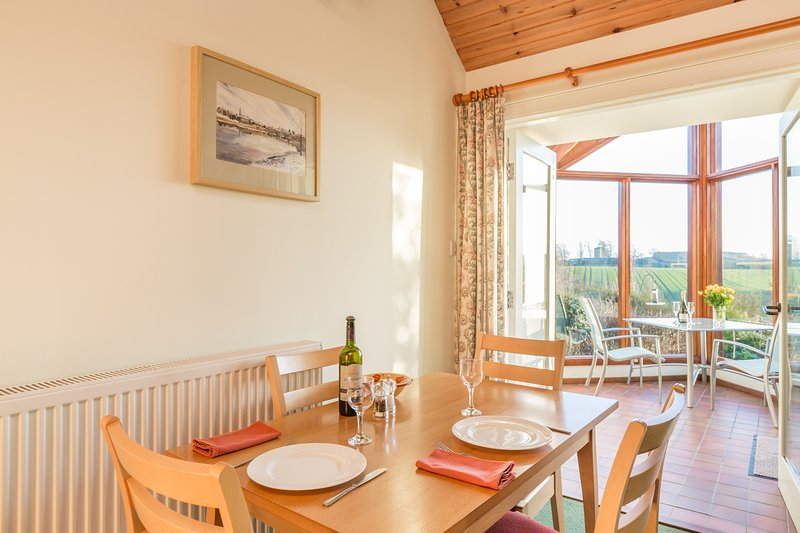 Begrum Cottage dog friendly, walks from your door. Near Kelso. Ideal for 1 or 2., holiday rental in Kelso